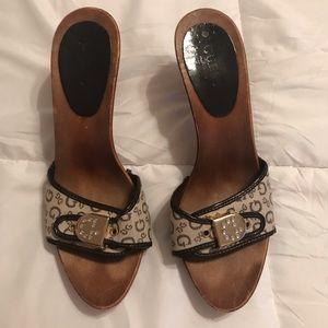 Cute GUC Guess Brown/beige slide on heels